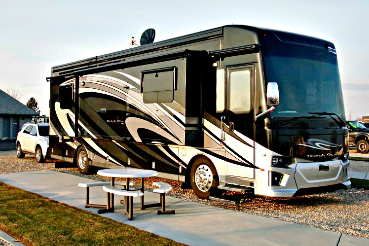 Newmar Archives - RVing with Rex