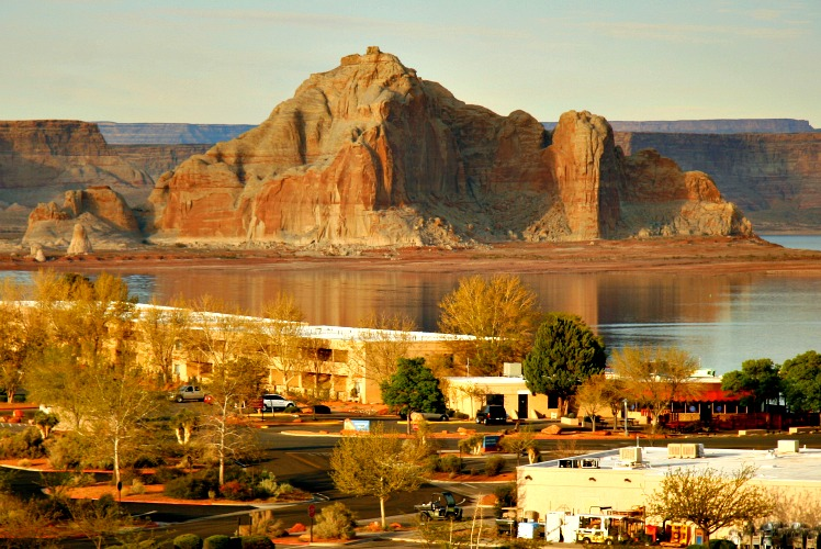 Glen Canyon National Recreation Area: Lake Powell and So Much More