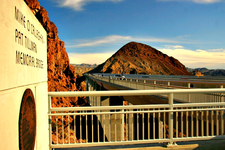 Dam Bridge: Mike O'Callaghan-Pat Tillman Memorial Bridge