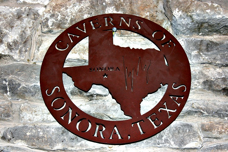 The Caverns of Sonora: Its Beauty Can Not be Exaggerated, Even by Texans