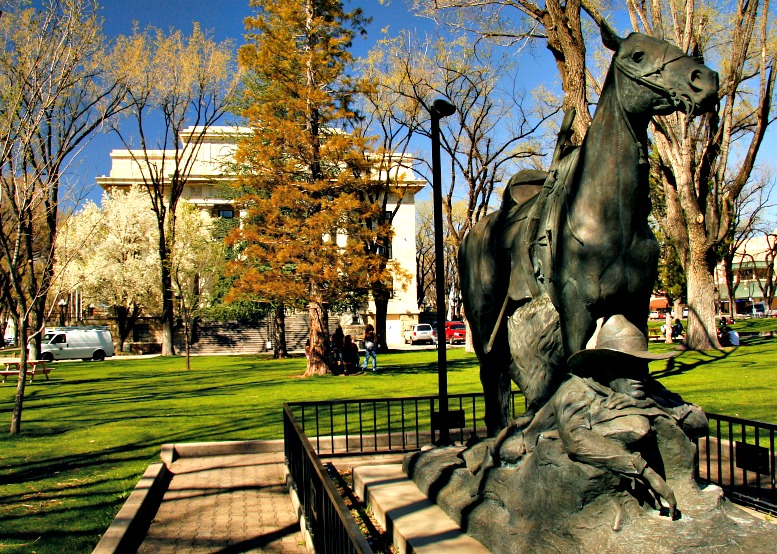 Prescott: Courthouse Plaza, Whiskey Row, Sharlot Hall Museum & More