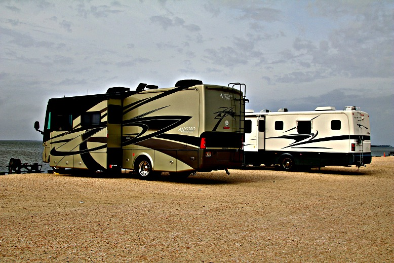 10 Questions to Ask When Choosing the Perfect RV for Your Family