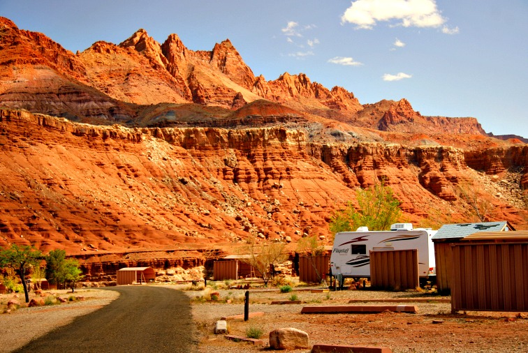 A Dozen Spectacular RV Campgrounds for Late Fall and Early Winter