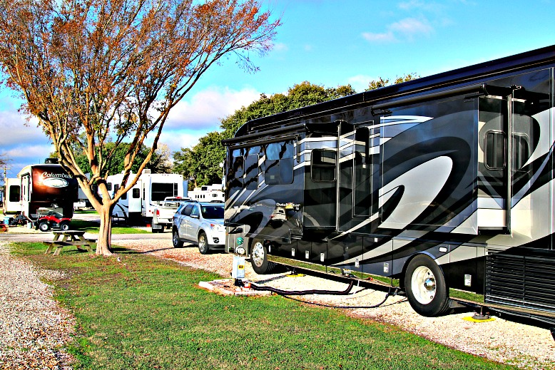 Meet the RVs: Find the Right RV Class for Your Travel Style