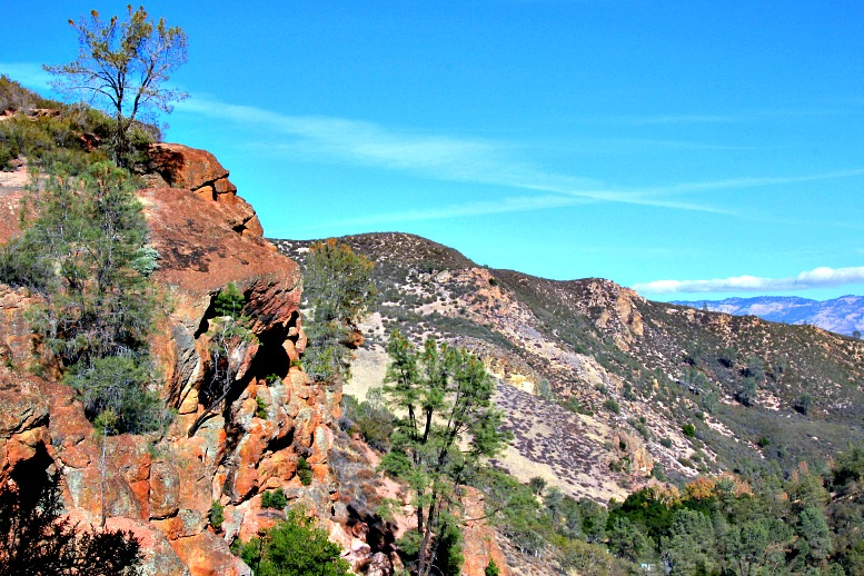 The Ultimate Guide to Pinnacles National Park