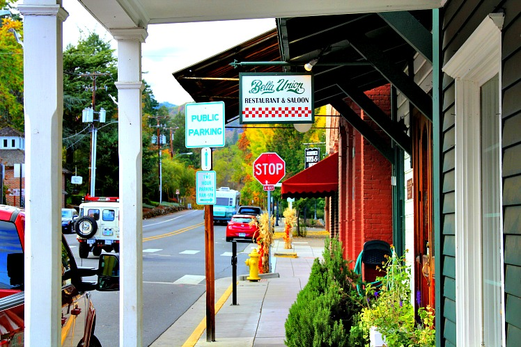 Must-See under the Radar Small Towns to Seek Out this Summer